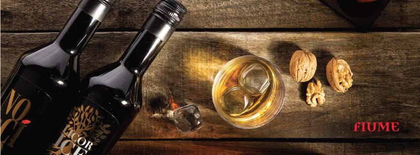 Fiume liquori e sciroppi